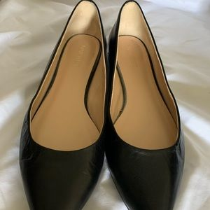 Nine West Black Flats Size 9M Excellent.